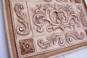 Floral tile with Single Scrolls Close Up