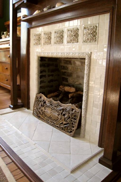 small relief tiles stone insert designs kitchen backsplash insert. Black Bedroom Furniture Sets. Home Design Ideas