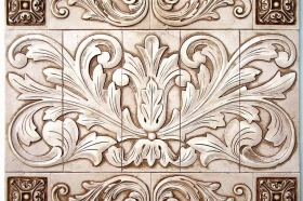 Toulouse with Single Scrolls and Medallions for Kitchen Backsplash