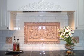 Urn Panel with Large Acanthus Liners